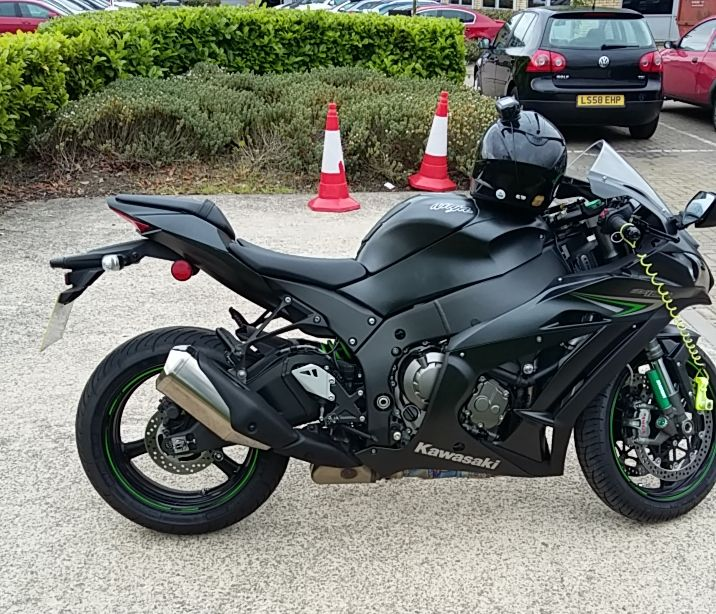 ZX10-R tail, as factory fitted standard